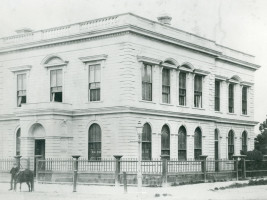 Napier premises built 1865 resized